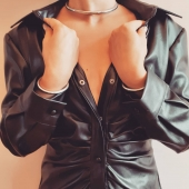 Cold season #bdsm #selfbondage  #leatherfetishist  #leatherjacket  #sexpositive  #sexyleather  #slave  #bdsmrelationship  #sexyhands  #halsband